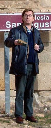 VA MURIENDO LA TARDE  (Luciano Gracia)