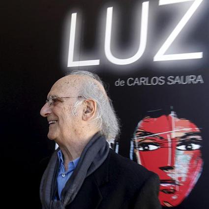 La luz de Carlos Saura en el Centro Niemeyer de Avilés