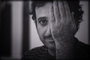 Arturo se levanta cada día / Para Arturo Hortas  (Antonio Pérez Morte)
